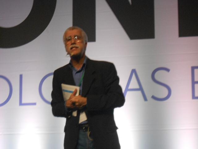 Conferência do professor José Pacheco. Foto: Andréa Motta (22/11/2012)